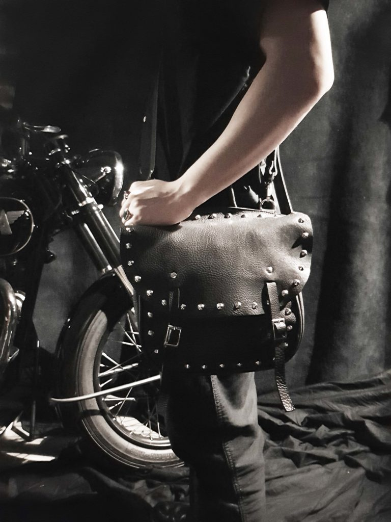 stud-leather-bag-black-11
